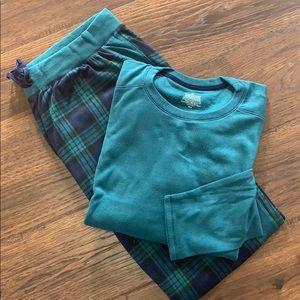 NWOT Cuddle Duds fleece pajamas